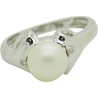 Solid 14K White Gold 8mm Pearl w/0.02ctw H-SI Diamond Accents Cocktail Ring 5.75