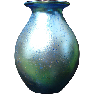 LOETZ Art Glass Cobalt Blue Iridescent Vase Décor Silberiris