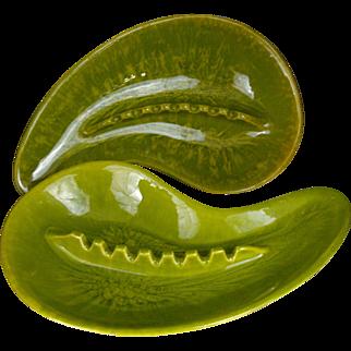 PAIR Cal Style California Pottery Avocado Green Ying & Yang Ash Trays