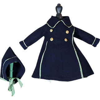 Very beautiful coat for French BEBE Size 8-9.