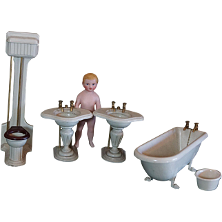 Rare set of Bathroom furniture with the label Au Louvre Paris