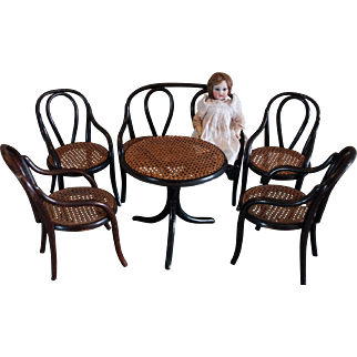 Wonderful & Rare Set Thonet bentwood doll Salon 4 chairs Sofa and Table.
