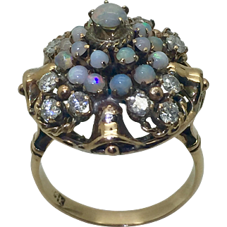 Vintage 14K Gold Opal & Diamond Ring