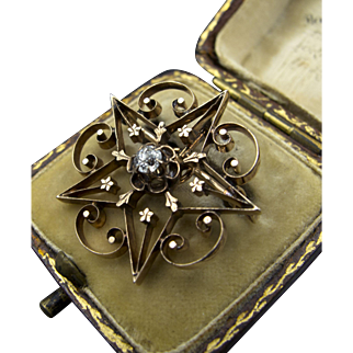 Antique c.1875 14K Gold Star-Shaped Brooch with 0.17 ct Center Diamond
