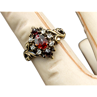 Delicate Victorian Garnet and Diamond  Rose Gold 14K  Ring