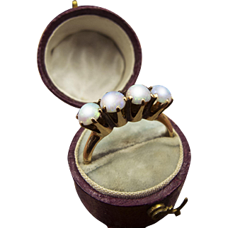 Edwardian c.1905 14K Gold Ring with Four Prong-Set Opals
