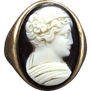 Lovely Neoclassical Revival Onyx Cameo Ring in 10K Gold~Gorgeous Carving~Circa 1890