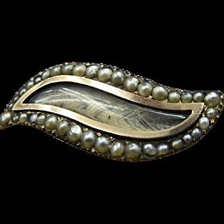 "Georgian Antique Mourning Lover's Eye ""Shuttle Shape""Mourning Hair Brooch c.1815 Pearl Stud Border 9K Gold"