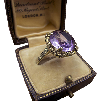Stunning Lilac Amethyst Ring in 14K Gold With Enameled Band~Superb!