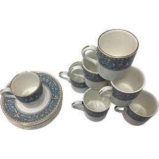 set 8 Demitasse Cups and Saucers Crown Ducal Atlanta Pattern