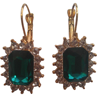 1970's earings Decorated with glass gems