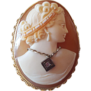 Habille Cameo Stamped 14 K