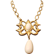 """Napier Statement Necklace with Large """"Milk Glass"""" beads"""