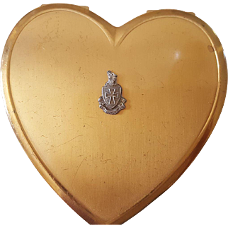 Heart Shaped Compact by Superb circa 1950s