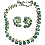 Beautiful Vintage Lisner green Aurora Borealis Demi Parure Lisner Necklace & Earrings