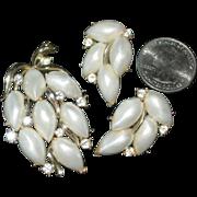 Vtg Lisner Pin & earring set Lisner Demi Parure rhinestones & pearlized cabochons
