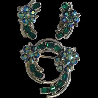 Vtg Lisner Pin & Earrings Emerald green Lisner Demi Parure