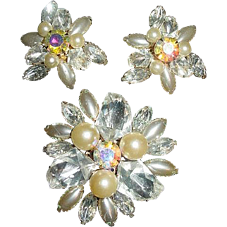 Vtg Judy Lee Pin & Earrings signed Judy Lee Demi Parure large