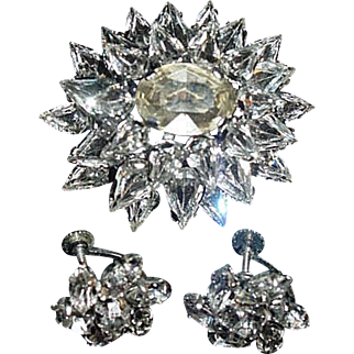 Stunning Austria 4 tier Pin & Earrings