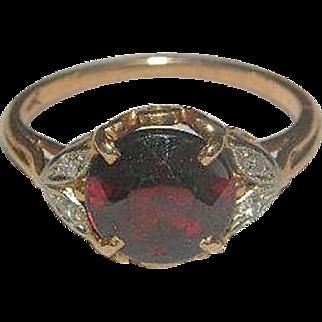 Beautiful Victorian Soret 14k Garnet ring with diamond accents