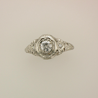 1920's 18K White Gold and Diamond Art Deco Engagement Ring