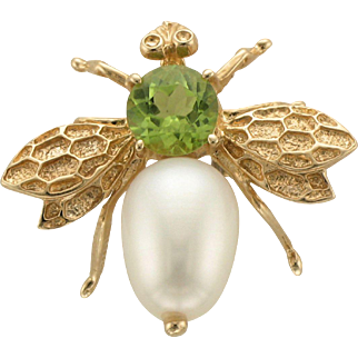 Peridot And Freshwater Pearl Bee Pin in 14K Gold