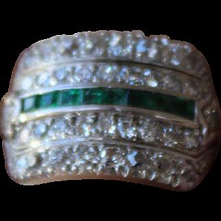 Platinum Art Deco Emerald Diamond Ring Vintage Green