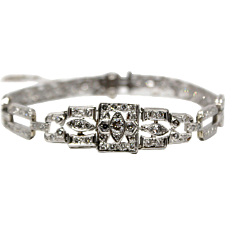 Stunning Art Deco Vintage Diamond Bracelet 4.50 carats total 90 European Cut Diamonds Platinum