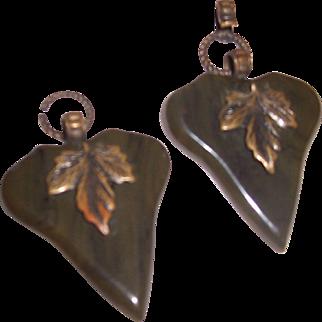 Vintage leaf shaped buckle or buttons