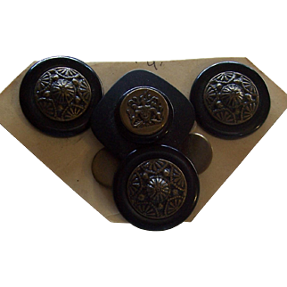 Pin and Earrings Button Set