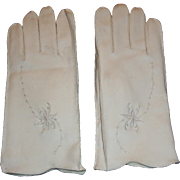 Vintage White Leather Gloves with Embroidery