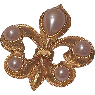 Gold Tone Faux Pearls Scout Emblem Brooch