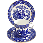 Large antique Coalport breakfast cup, Pagoda pattern, 1881-1891