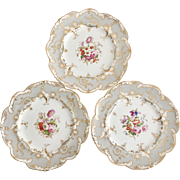"Antique set of 3 Ridgway dinner plates, ""moustache"" shape patt. 4880 with hand painted flowers, 1815-1820"