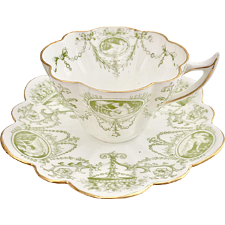 """Antique Charles Wileman """"Snowdrop"""" teacup with Cameo print, 1896, A/F"""
