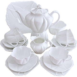 Vintage Shelley Dainty White full tea service for 6, 1920s-1960s - collectors' item