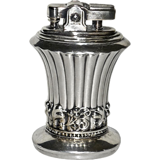 Vintage Silverplate Ronson Newport Table Lighter Never Used Works