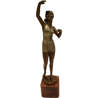Large Painted Vienna Bronze Of A Bathing Beauty