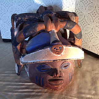 Reduced by $100 Old Youruba Gelede mask, polychrome from Collectors estate