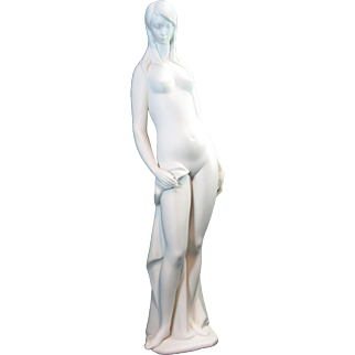 Lladro 4511 Nude in White
