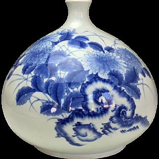 Edo Period Nabeshima Sometsuke Tsubo (jar)