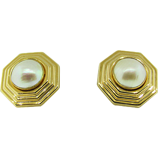 Vintage 14 K gold and Mabe pearl earrings.