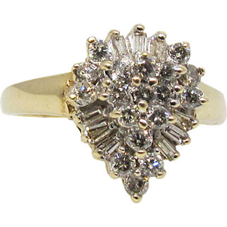 Vintage Yellow Gold and Diamond Cluster Ring. 1970's
