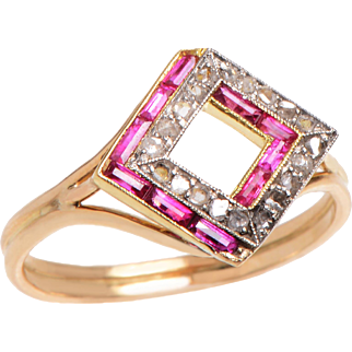 Dazzling Deco Ruby and Diamond 14 KT. Gold Ring