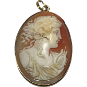 Antique Cameo Pendant 14k Gold