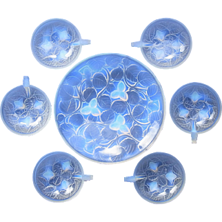"French Art Deco ""Hazelnuts"" by Arrers (Andre DeLatte) Original Vintage Opalescent Glass Dessert bowl set c1930s"