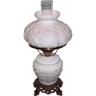 Gorgeous Milk Glass Vintage Floral Puffy Lamp
