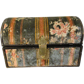 Antique Exquisite Plush Velvet Tapestry Covered Dome Top Treasure Trunk Perfect for French Fashion Dolls * Mignonettes * Other Jewels