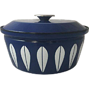 "Vintage CATHRINEHOLM Norway Lotus Blue Dutch Oven Cooking Pot Pan w/ Lid 10.5"" Mid Century Danish Modern White Cookware"