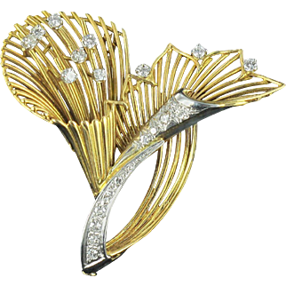 French Antique Diamond Gold Brooch 18 karats gold yellow